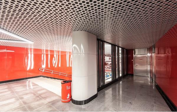 Станция метро Минская, г. Москва, (становые панели, колонны)